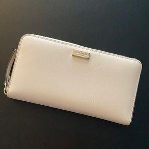 Kate Spade Cream Newbury Lane Neda zip wallet
